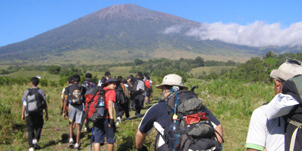 Mount Rinjani Trek 5 Days 4 Nights