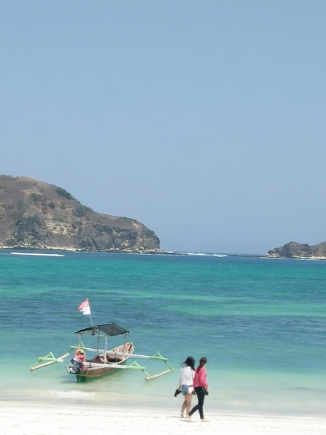 Pristine beach at Tanjung Aan, South Lombok