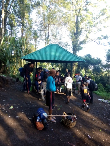 Rest shelter on Senaru trek trails, Mount Rinjani trek, Lombok