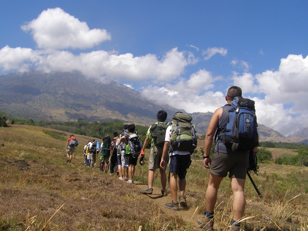 Start trekking from Sembalun Lawang Village to Sembalun crater campsite