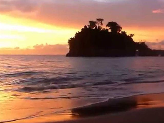 Sunset at Crystal Bay, Nusa Penida