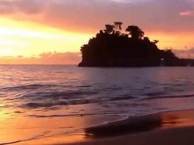 Sunset at Crystal Bay, Nusa Penida
